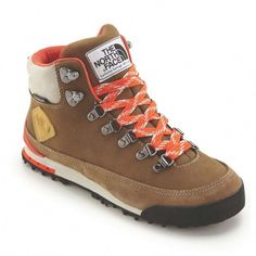 The North Face Back-To-Berkeley Nubuck Women's ut brown/sp ora Halbstiefel braun. The North Face Back-To-Berkeley Nubuck Women's ut brown/sp ora Halbstiefel braun Camping Outfits For Women Summer, Womens Summer Shoes, Outfit Summer, Womens Hiking Outfits, The North Face, North Faces, Camping Accesorios, Bootfahren Outfit, Climbing Outfits