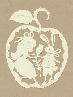 Papeterie Alice in Wonderland - Illustration Lapinblanc & Alice avec une fleur - Découpage papier blanc collé sur papier de type lin