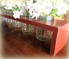 Great idea for storing silverware on the counter! Keeping it all handy and ready for table setting.
