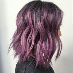 * Wob... by @mizzchoi @ramireztransalon Gorgeous Hair, Pink Purple Hair, Balayage Hair Purple, Light Purple Hair, Lilac Hair, Soft Purple, Purple Bob, Lila Balayage, Lavender Hair