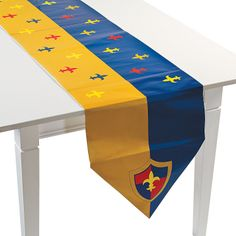 Knights Kingdom Table Runner - OrientalTrading.com a Knight Theme.... Cubs of the round table??
