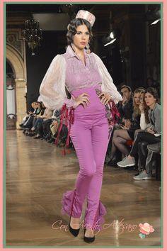 Pantalones y camisa de Angela Campos en We Love Flamenco 2015 #wlf15 #modaflamenca Spanish Fashion, Surplice Dress, Barbie Dress, Dance Costumes, Formal Wear, Ethnic Fashion, Jeans, Long Sleeve, How To Wear