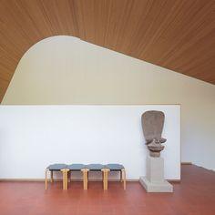 Maison Louis Carré by architect Alvar Aalto, photo by le luxographe
