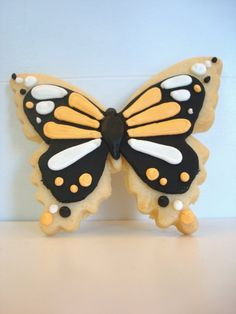 Butterfly cookies! - Sugar cookie with fondant and royal icing decorations :)