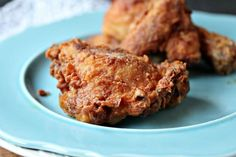 Sometimes you just gotta.Popeye's Chicken Recipe Nothing like crispy fried chicken! Popeyes Fried Chicken, Fried Chicken Recipes, Baked Chicken, Keto Chicken, Garlic Chicken, Rotisserie Chicken, Healthy Chicken, Grilled Chicken, Fried Chicken