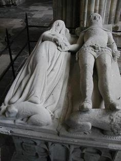 Tomb effigy - Richard FitzAlan, Earl of Arundel and Earl of Surrey & (Aleanor)Eleanor Plantagenet - Chichester Cathedral, West Sussex, England GGParents Their effigies are holding hands for eternity. European History, British History, Tudor History, Steinmetz, Plantagenet, England, Cemetery Art, Chichester, Effigy