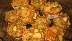 Muffins aux carottes et courgettes Muffins, Stew, Zucchini, Biscuits, Vegan Recipes, Healthy, Ethnic Recipes, Pains, Comfort Foods