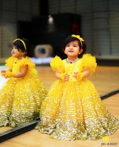 Looking resplendent in yellow, doesn't this little munchkin resemble a fairy! 😍 . . Tag a mother who is all set to celebrate her little…