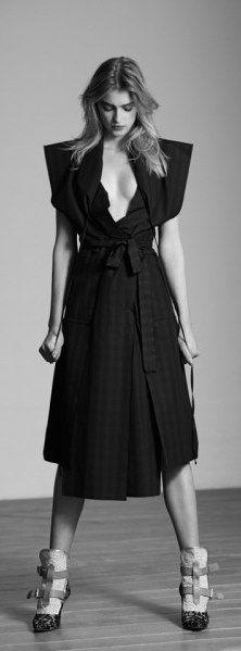 Sigrid Agren in Viva! MODA   Fashion photography   Editorial