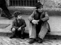 LADRÕES DE BICICLETA (1948) de Vittorio de Sica