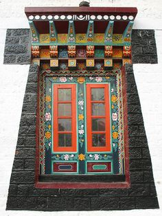 Tibetan window - would love this as a feature when we build! A part of our foundations.