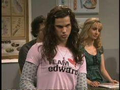 Talor Lautner on SNL - Team Jacob vs Team Edward - SAPO Vídeos