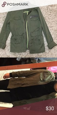 Express military jacket More of a fall/spring jacket but works with layers and is super easy to match with everything! Very good condition. Price isn't set willing to negotiate 😊 Express Jackets & Coats Jean Jackets