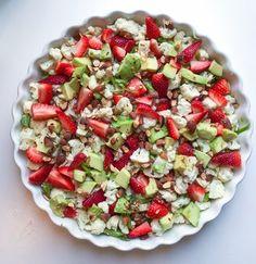 Blomkålssalat med jordbær, avocado og soyamandler | Julie Bruun | Bloglovin'