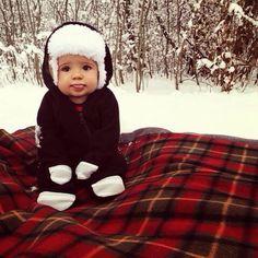 pinterest: @Scarlettfoley ❁ Winter Baby Pictures, Winter Photos, Baby Christmas Pictures, Cute Baby Pictures, Snow Family Pictures, Winter Family Pictures, Family Photos, Winter Babies, Baby Winter