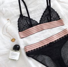 Necklace/ALIGHIERI, perfume/BYREDO, lingerie/STELLA MCCARTNEY