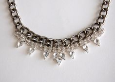 (studs and pearls): diy: Chain and Rhinestone Necklace