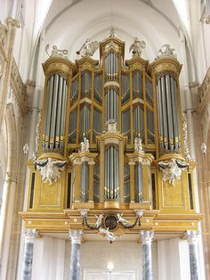 HOLLAND: Arnhem. Organ originally built by Johannes Strümphler, 1796 for the Lutheran Church in Amsterdam. In 1962 the organ was inaugurated in Arnhem. III/P, 50 stops. Photo by Pietbron, via flickr.