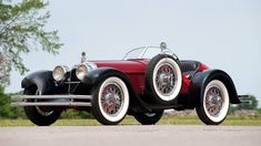 Classic Cars : 1924 Duesenberg Model A Speedster by Brandfon… Retro Cars, Vintage Cars, Antique Cars, Vintage Stuff, Retro Vintage, Luxury Car Brands, Luxury Cars, Duesenberg Car, Jaguar