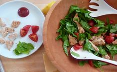chicken and arugula salad