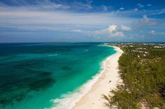 Top things to do in Nassau Bahamas, Cabbage Beach, Paradise Island Bahamas. ©Bahamas Ministry Of Tourism