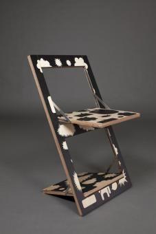 Fläpps – Folding Chair  by Ambivalenz   #furniture #chair