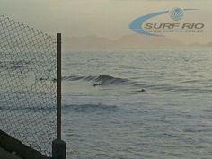 Praia do Diabo às 07:25hs - Mais fotos em www.surfrio.com.br