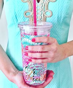 Oh Shello! Pick up your Lilly Pulitzer tumblers at What A Gem! #summer #lilly #lillypulitzer #ohshello