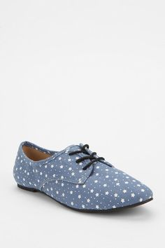 BDG Star Canvas Oxford