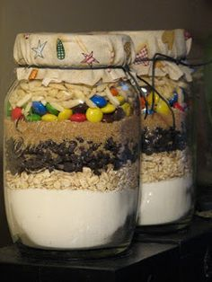 Recept: M&M-s cookie Gourmet Gifts, Diy Christmas Gifts, Food And Drink, Pudding, Gift Wrapping, Easter, Cookies, Breakfast, Sweet