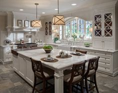 Glen Ellyn, IL White-Washed Sleek Traditional Kitchen traditional-kitchen
