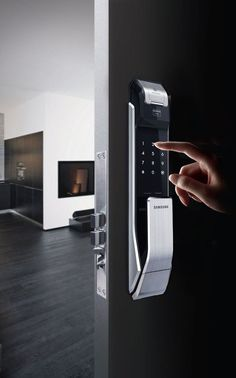 smart door lock - The connected home is only as secure as the locks used to keep. - - smart door lock – The connected home is only as secure as the locks used to keep thieves or assailants out, so the Samsung Smart Door Lock is innovatively designed t… Wireless Home Security Systems, Smart Home Security, Mobile Security, Home Automation System, Smart Home Automation, Smart Home Design, Smart Door Locks, Smart Home Technology, Latest Technology