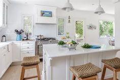 8 propuestas geniales para decorar tu cocina  La iluminación natural es un punto a evaluar al momento de elegir los colores con los que vamos a proyectar este ambiente de la casa Foto:Living/Archivo LIVING