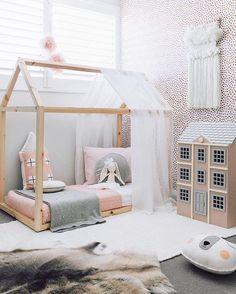 Decorar con tapices de lana las habitaciones infantiles.