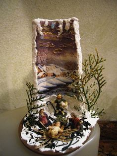 X-mas tile in a different way Christmas Decoupage, Christmas Clay, Christmas 2017, Winter Christmas, Christmas Stuff, Xmas Crafts, Decor Crafts, Diy And Crafts, Plastic Bottle Art