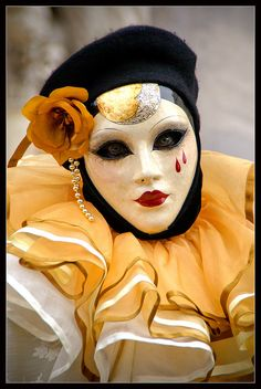 Venice carnival 2011 - Crying caramel