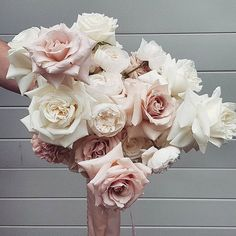 🌹🌹🌹All roses👍 Including 💕 & 💕 Source Winter Wedding Flowers, Bridal Flowers, Floral Wedding, Beautiful Bouquet Of Flowers, Bouquet Flowers, Rose Flowers, White Flowers, Roses, Bride Bouquets