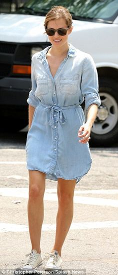 A simple one-and-done chambray dress is effortless & chic. (Allison Williams)