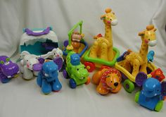 Fisher Price Amazing Animals Bear Habitat Wagon Zebra Lion Giraffe Elephant  Lot #FisherPrice