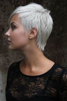 Short Haircuts for White Women Adorable Funky Short Haircuts for Women Of 33 Bri… Funky Short Haircuts, Short Spiky Hairstyles, Short Choppy Hair, Short Hair Model, Short Sassy Hair, Short Grey Hair, Short Hair Cuts For Women, Cool Haircuts, Short Hairstyles For Women