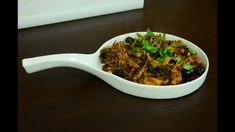 Chicken Fry And Roast Recipes 51 - Chura Chicken- Pichi Potta Chicken Coriander Leaves, Curry Leaves, Indian Chicken, Red Chili Powder, Garlic Paste, Roast Recipes, Garam Masala, Shredded Chicken, Fried Chicken