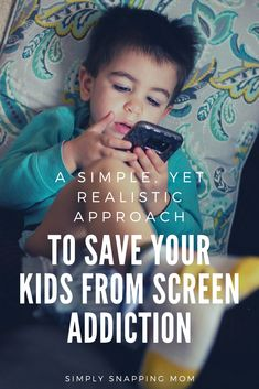 The 7 Step Method to Save Your Kids from Screen Addiction : It sounds harsh, but screen addiction is a real thing and it is incredibly common in our kids today. Find out exactly what the experts say, the positive and negative impacts of screens, and a re Parenting Toddlers, Parenting Advice, Kids Sand, Gentle Parenting, Christian Parenting, Child Development, Language Development, Happy Kids, Raising Kids