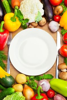 Let's make healthy eating easy with fun diagrams & infographics! Learn how to portion, what to eat & delicious clean-eating recipes for you & your family!