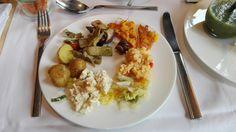 Tabouleh, Tofu-Cashew, Kartoffelsalat im Emiko in München. Lust Restaurants zu testen und Bewirtungskosten zurück erstatten lassen? https://www.testando.de/so-funktionierts