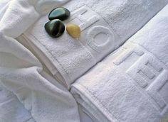 Ręczniki frotte i ręcznikowe tkaniny frotowe do użytku publicznego. #hotel #bathroom #towels