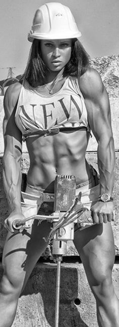 #fitness #muscle #motivation #girlpower #bodybuilding #muscular #woman #triceps #abs #flex