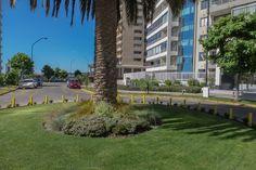 Departamento en Nueva Coraceros, Viña del Mar, sector residencial. Cerca de Mall Marina Arauco, Playas, Casino. Venga a Vivir a Viña del Mar. 2 dormitorios, cocina cerrada, más estacionamiento.