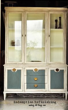 China Hutch By Redemption Refinishing.  Painted Pot of Cream by Behr, with custom mix Aubusson and French Linen Annie Sloan Chalk Paint.  Shabby, Distressed, French, Cottage  www.redemptionrefinishing.blogspot.com
