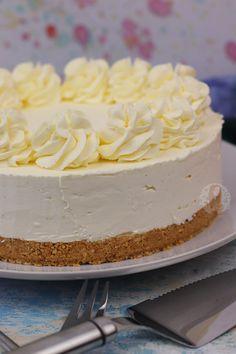 semplice eccellente Low carb No-Bake Keto Cheesecake Ricetta No Bake Vanilla Cheesecake, Cheescake Recipe, Baked Cheesecake Recipe, Cheesecake Desserts, Avocado Cheesecake, Eggnog Cheesecake, Homemade Cheesecake, Strawberry Cheesecake, Marble Cake Recipes