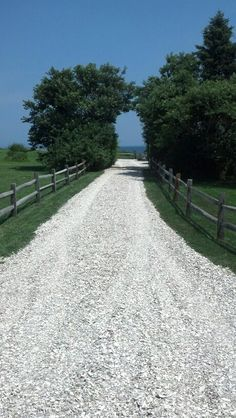 I love how the trees have grown in around the driveway creating a wonderful path Rock Driveway, Driveway Entrance, Landscaping Tips, Front Yard Landscaping, Pretty Beach House, Hardscape Design, Coastal Gardens, Starting A Garden, Get Outdoors